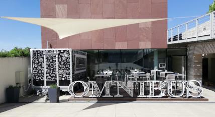 Omnibus Food Truck, Kávézó és Ajándékbolt